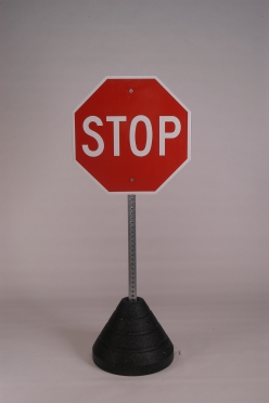 STOP (R1-1)
